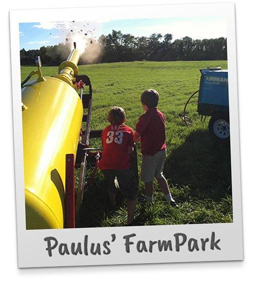 Pennsylvania & beyond travel blog: paulus farm market hayrides.